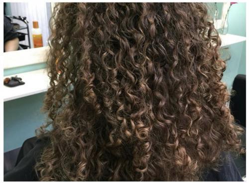 curly-girl-sneek